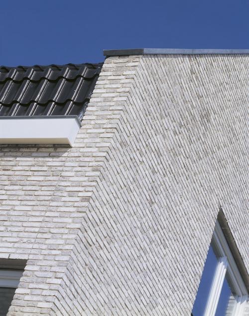 Кирпич ручной формовки Vandersanden 360. Rainbow Snowdust